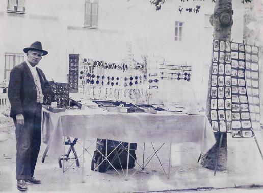 luxottica foto storica ottico savona